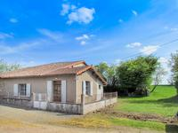 Petite maison dans un hameau à renover