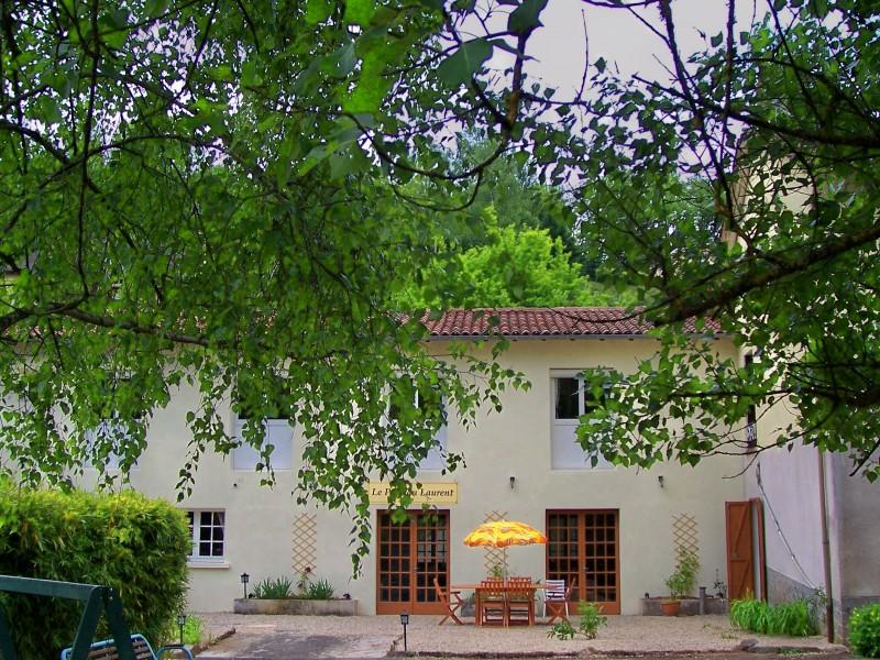 Maison vendre en auvergne cantal between figeac and for Acheter maison auvergne