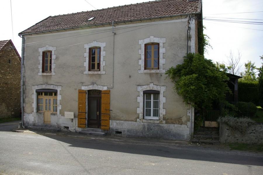 Maison vendre en aquitaine dordogne la coquille maison for Acheter maison dordogne
