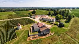 commerce à vendre à Saint-Emilion, Gironde, Aquitaine, avec Leggett Immobilier