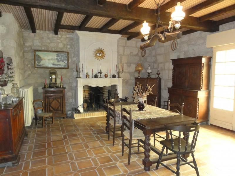 maison vendre en aquitaine gironde libourne 3kms de. Black Bedroom Furniture Sets. Home Design Ideas
