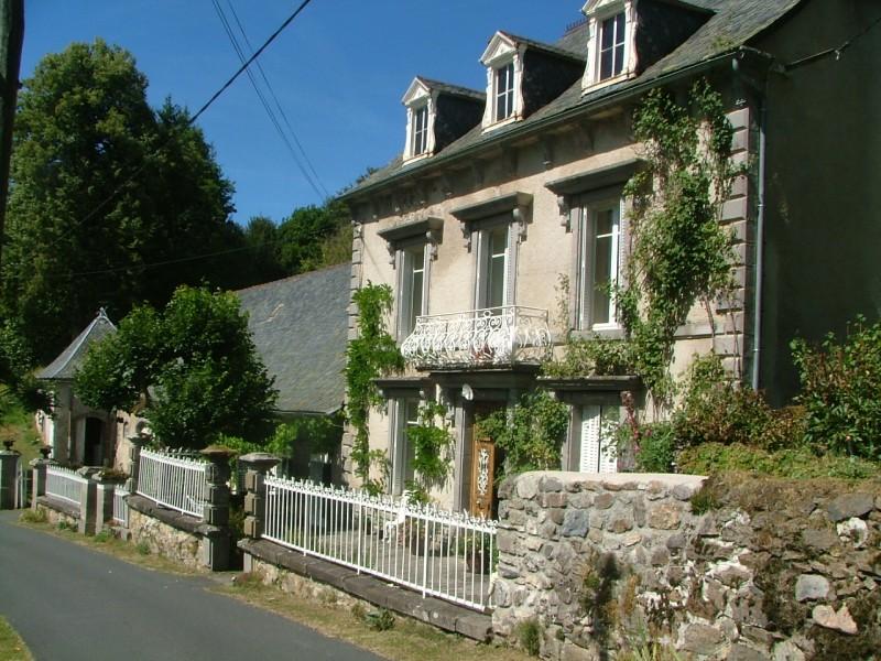 Maison vendre en auvergne cantal condat maison for Acheter un maison en france