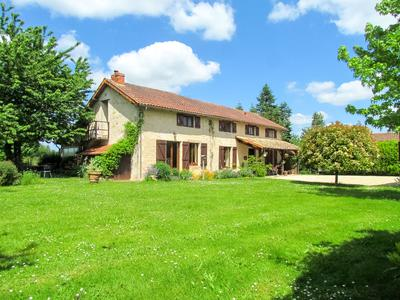 French property, houses and homes for sale in CHAMPAGNE ST HILAIRE Vienne Poitou_Charentes