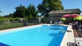 commerce à vendre à LEZAY, Deux_Sevres, Poitou_Charentes, avec Leggett Immobilier