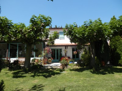 French property, houses and homes for sale in PECHARIC ET LE PY Aude Languedoc_Roussillon