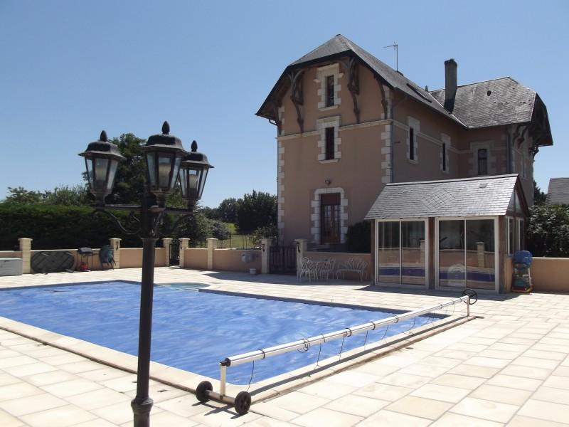 Maison vendre en centre indre et loire bossay sur for Camping indre et loire avec piscine