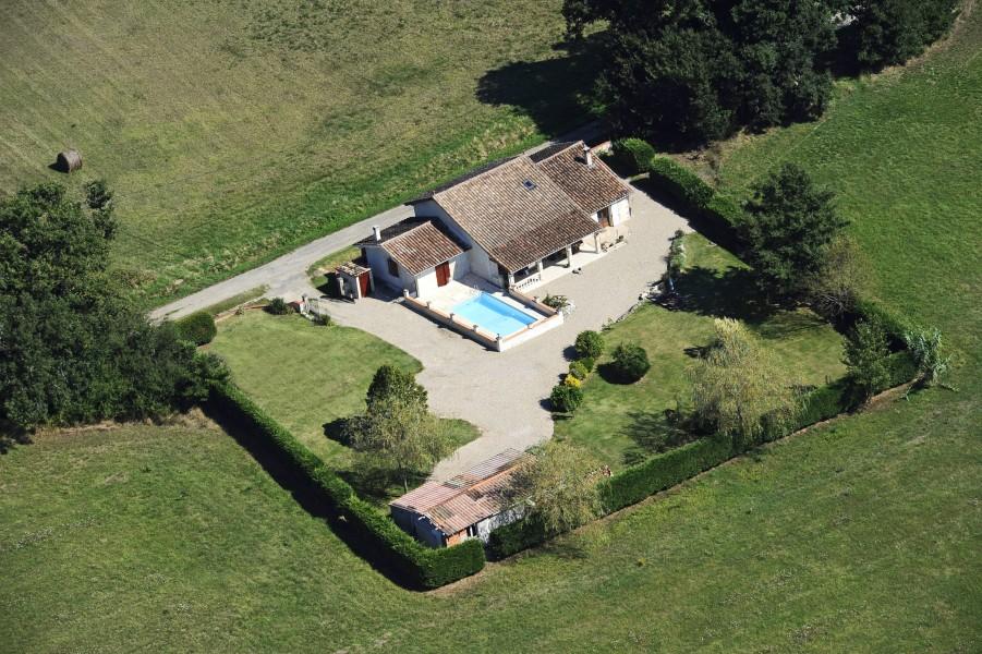 Maison vendre en midi pyrenees tarn et garonne cazes for Camping tarn et garonne avec piscine