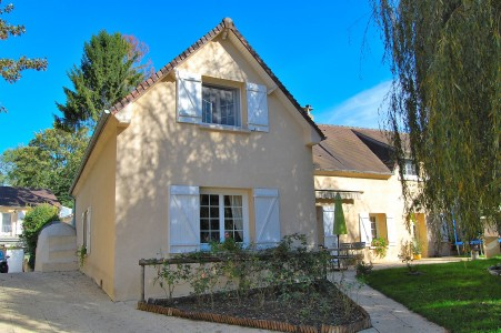 French property, houses and homes for sale in BRAISNES Oise Picardie