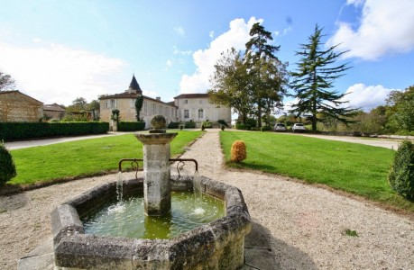 French property, houses and homes for sale in PORT D ENVAUX Charente_Maritime Poitou_Charentes