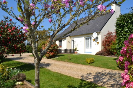 French property, houses and homes for sale in LOCMARIA BERRIEN Finistere Brittany