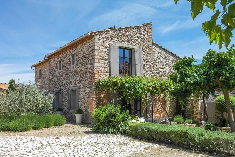 Maison vendre en paca vaucluse roussillon belle maison en pierre dans le - Tarif notaire achat maison ...
