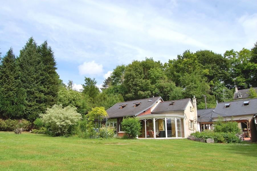 Maison vendre en picardie oise pierrefonds maison de caract re avec grand jardin pr s de - Maison jardin a vendre aylmer colombes ...