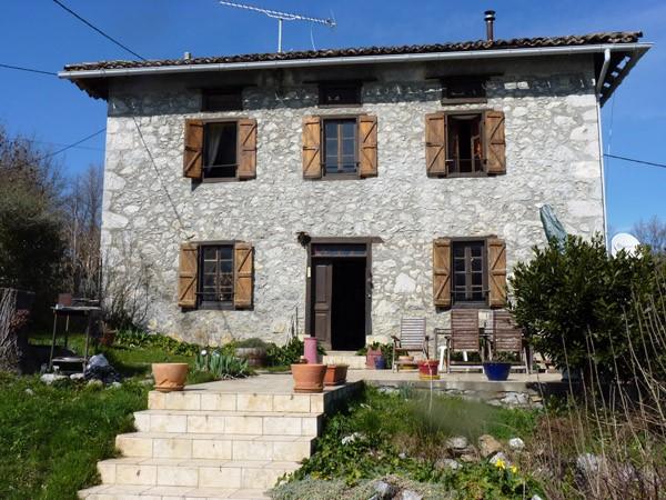 Maison vendre en midi pyrenees ariege montjoie en for Acheter une maison au sud de la france