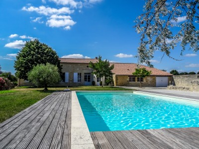 French property, houses and homes for sale in -------- Gironde Aquitaine