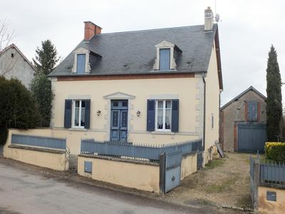 French property, houses and homes for sale in LOUCHY MONTFAND Allier Auvergne