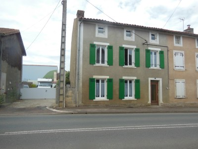 French property, houses and homes for sale in REFFANNES Deux_Sevres Poitou_Charentes