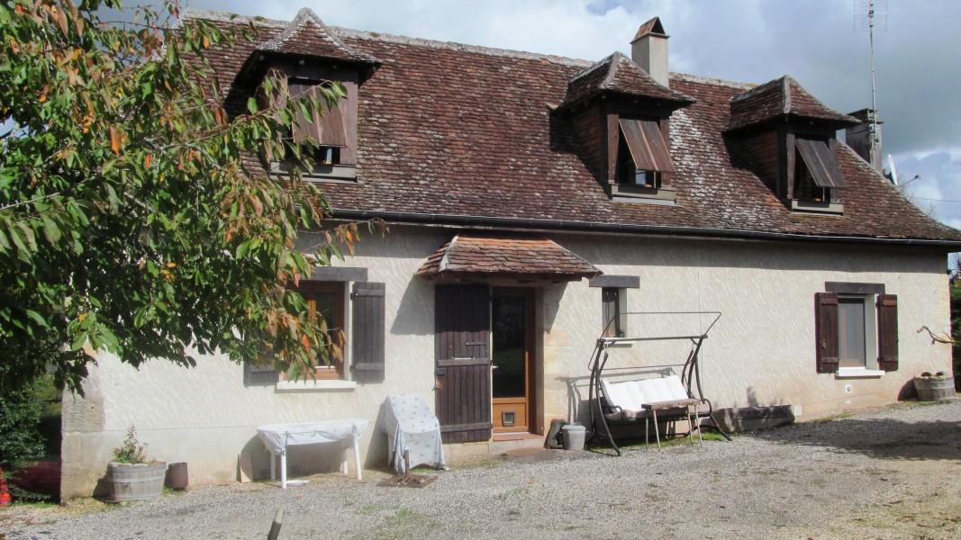 Maison vendre en limousin correze hautefort beau corps de ferme avec maison principale g te - Maison a vendre en correze ...