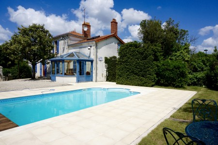 French property, houses and homes for sale in Chantonnay Vendee Pays_de_la_Loire