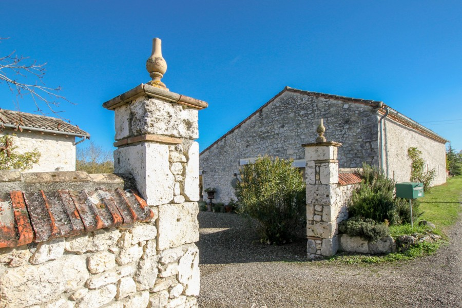 Maison vendre en midi pyrenees tarn et garonne st - Maison renovee savoyarde ciel atelier ...