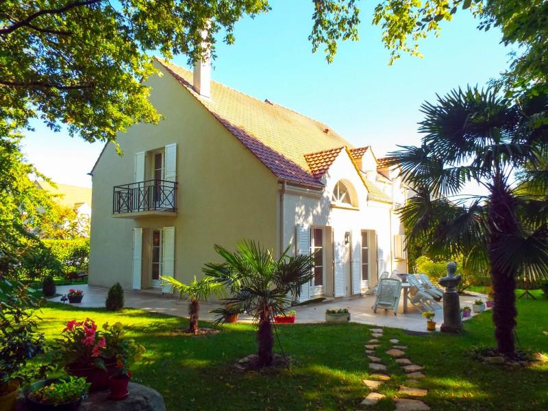 Maison vendre en ile de france val d oise pontoise demeure familiale 3 4 chambres avec parc - Chambre de commerce de pontoise ...