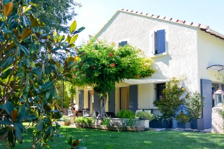 French property, houses and homes for sale in MOLLEGES Bouches_du_Rhone Provence_Cote_d_Azur