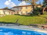 Elégante villa contemporaine avec vue sur les Pyrénées