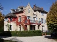 commerce à vendre à HAUTEFORT, Dordogne, Aquitaine, avec Leggett Immobilier