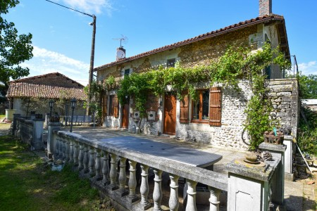French property, houses and homes for sale in SAVIGNE Vienne Poitou_Charentes