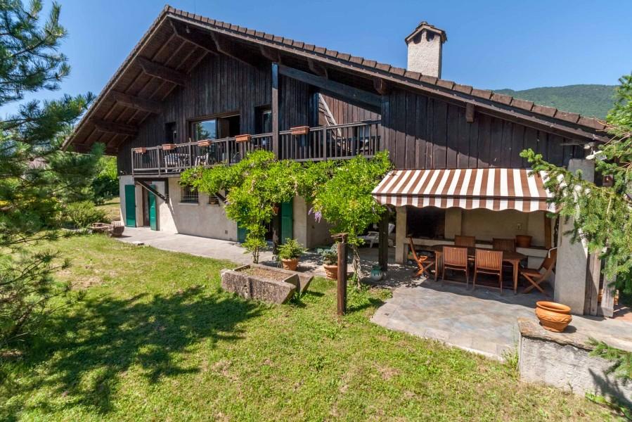 Maison vendre en rhone alpes haute savoie annecy villa for Acheter une maison a annecy