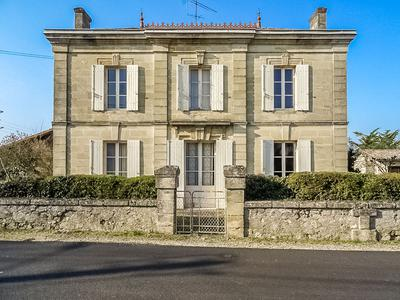 French property, houses and homes for sale in SAINT SEURIN SUR LISLE Gironde Aquitaine