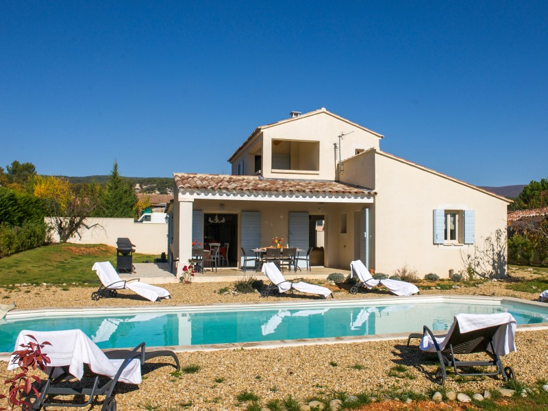 maison vendre en paca vaucluse saint saturnin les apt superbe villa avec piscine ref. Black Bedroom Furniture Sets. Home Design Ideas
