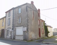French property, houses and homes for sale in NUEIL LES AUBIERS Deux_Sevres Poitou_Charentes