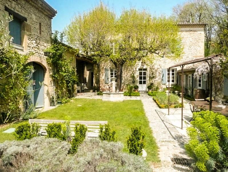 Maison vendre en rhone alpes drome crest belle demeure for Acheter maison drome