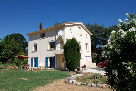 French property, houses and homes for sale in ILLE SUR TET Pyrenees_Orientales Languedoc_Roussillon