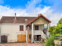 Ancienne grange transformée en maison avec deux chambres dans village périgourdin