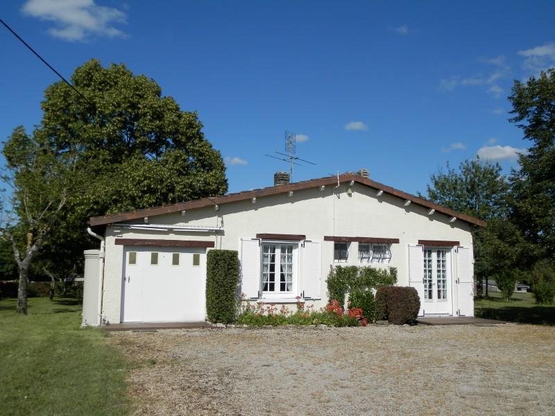 Maison vendre en aquitaine dordogne thenon charmante for Acheter une maison a 2