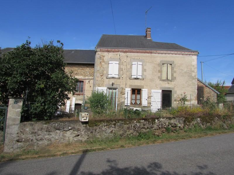 Maison vendre en limousin creuse st pierre de fursac maison avec quatre chambres r nover - Maison a vendre a petit prix ...