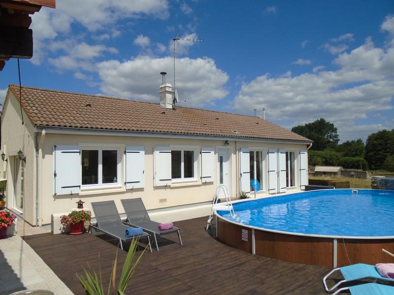 Maison vendre en pays de la loire vendee fontenay le for Construction piscine fontenay le comte