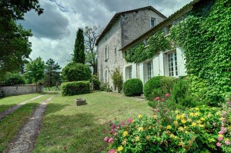 French property, houses and homes for sale in BROSSAC Charente Poitou_Charentes