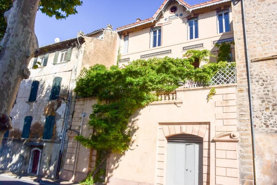 Maison vendre en paca bouches du rhone jouques grande for Acheter une maison a aix en provence
