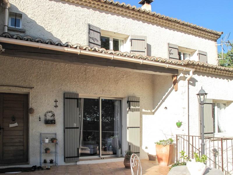 Maison vendre en languedoc roussillon gard connaux jolie villa avec 4 chambres 137 m avec - Grand garage du gard occasion ...