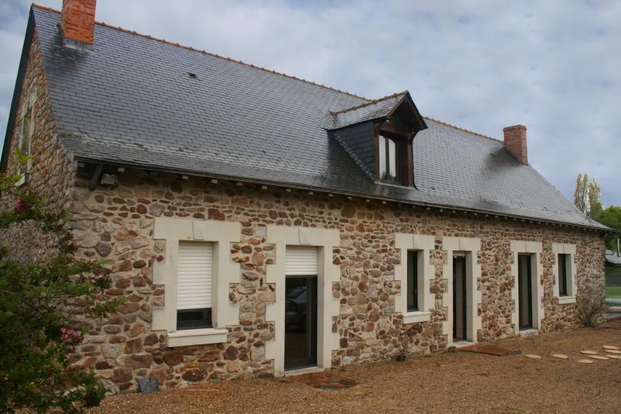 Maison vendre en pays de la loire maine et loire jarze - Maison pour deux familles ...