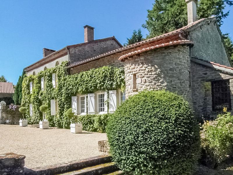 Maison vendre en limousin haute vienne thouron superbe for Acheter une maison de campagne en france
