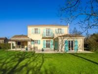 maison à vendre à BAZOGES EN PAREDS, Vendee, Pays_de_la_Loire, avec Leggett Immobilier