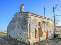 French property, houses and homes for sale in VILLIERS COUTURE Charente_Maritime Poitou_Charentes