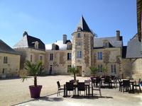 chateau à vendre à LA ROCHE CLERMAULT, Indre_et_Loire, Centre, avec Leggett Immobilier