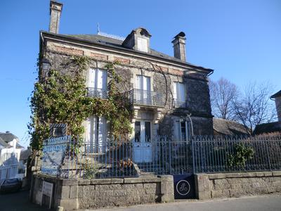 French property, houses and homes for sale in ST MARTIN LA MEANNE Correze Limousin