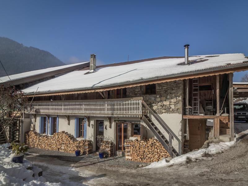 chalet 224 vendre en rhone alpes haute savoie le biot ancienne ferme r 233 nov 233 e de 5 6 chambres 224