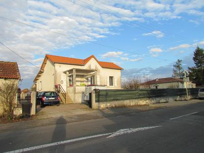 French property, houses and homes for sale in LISLE-JOURDAIN Vienne Poitou_Charentes