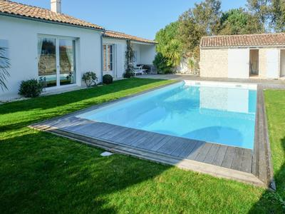 French property, houses and homes for sale in LA FLOTTE Charente_Maritime Poitou_Charentes